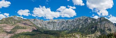 Mountains above historic mountain town of Ouray, Ouray County, San Juan Mountains, Colorado, USA