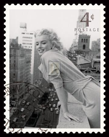 https://imgc.allpostersimages.com/img/posters/movie-stamp-i_u-L-F492PJ0.jpg?p=0