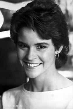 Ally Sheedy smiling and Looking at the Cameara in Portrait by Movie Star News
