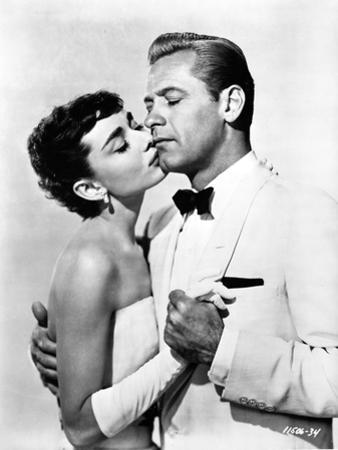 Audrey Hepburn and William Holden Sabrian Kissing by Movie Star News