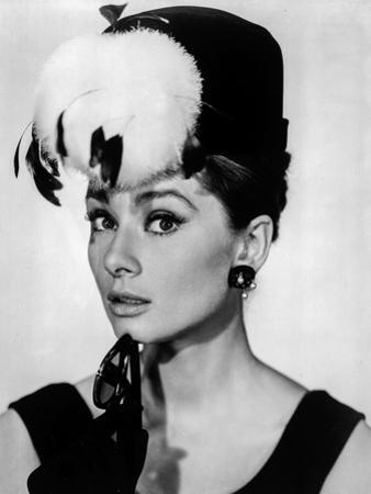 Audrey Hepburn Breakfast at Tiffany's Feather Hat