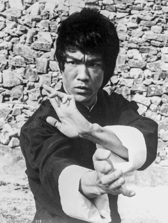 Bruce Lee Hands Posed in Kung Fu Action by Movie Star News