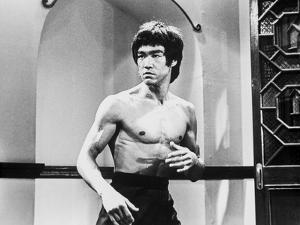 Bruce Lee Posed in Topless with Body Language by Movie Star News