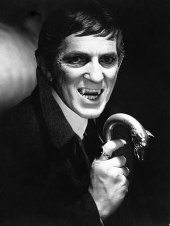 Dark Shadows Cast Member as Vampire in Shadows