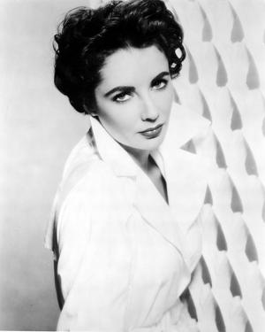 Elizabeth Taylor Posed in Coat Classic Portrait by Movie Star News