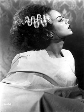 Elsa Lancaster Looking Up in Classic by Movie Star News