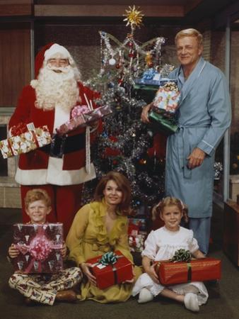 Family Affair Christmas Theme Family Portrait
