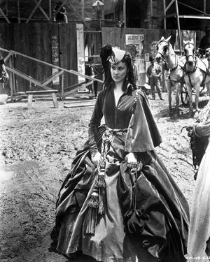 Gone With The Wind Lady wearing Black Gown with Hat by Movie Star News