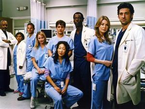 Grey's Anatomy Family Picture by Movie Star News