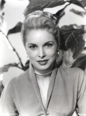 Janet Leigh Posed in Grey V-Neck Long Sleeve Silk Dress and Pearl Earring with Pearl Necklace by Movie Star News