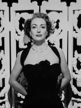Joan Crawford wearing a Tank top Dress with Necklace in a Classic Portrait by Movie Star News