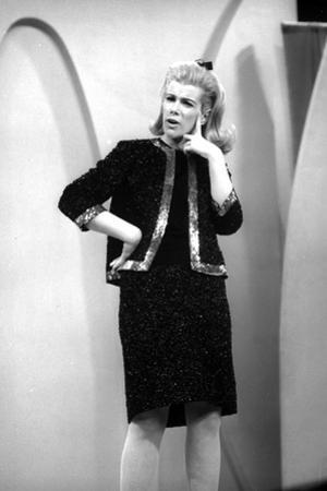 Joan Rivers Thinking in Classic by Movie Star News