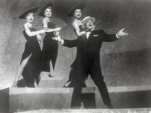 Les Girls Four People Dancing on Stage by Movie Star News