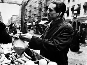 Marlon-GF Brando Scene with a Man Holding a Paper Bag- Photograph Print by Movie Star News