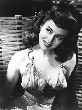 Affordable Paulette Goddard Posters for sale at AllPosters.com