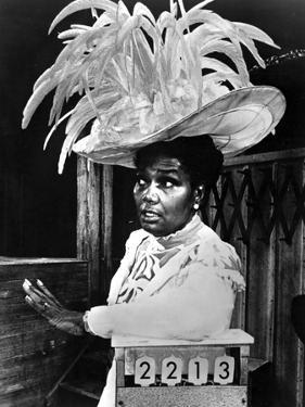 Pearl Bailey wearing Big Feather Hat Portrait by Movie Star News