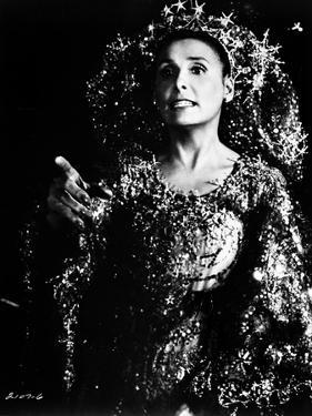 Portrait of Lena Horne in Black and White by Movie Star News