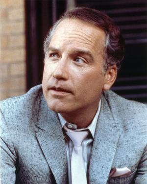Richard Dreyfuss Looking Awaay Close Up Portrait by Movie Star News