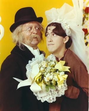 Ruth Buzzi Wedding Portrait by Movie Star News