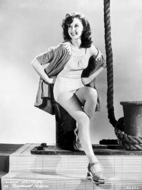 Susan Hayward Posed with a Sexy Dress by Movie Star News