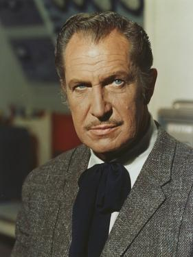 Vincent Price Posed in Formal Attire by Movie Star News