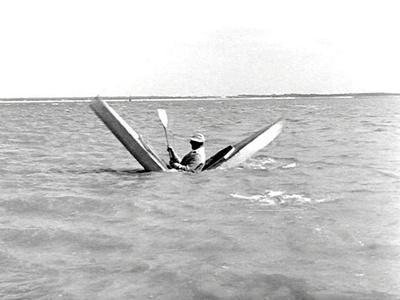 https://imgc.allpostersimages.com/img/posters/mr-hulot-s-holiday-aka-les-vacances-de-monsieur-hulot-jacques-tati-1953_u-L-PH5GKC0.jpg?artPerspective=n