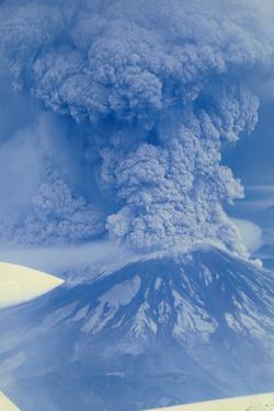 Mt. St. Helens Erupting