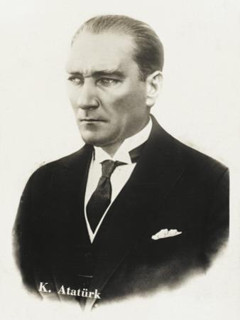 Mustafa Kemal Ataturk (1881 - 1938)
