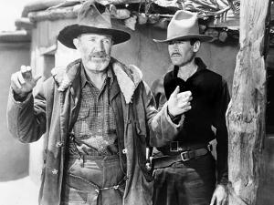 My Darling Clementine, Walter Brennan, Henry Fonda, 1946