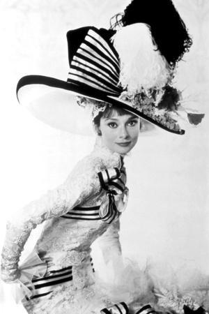 https://imgc.allpostersimages.com/img/posters/my-fair-lady-audrey-hepburn-1964_u-L-Q12PD2D0.jpg?artPerspective=n