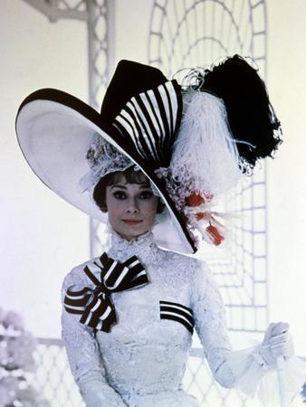 https://imgc.allpostersimages.com/img/posters/my-fair-lady-audrey-hepburn-directed-by-george-cukor-1964_u-L-Q10T3XT0.jpg?artPerspective=n