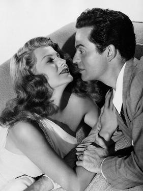 MY GAL SAL, 1942 directed by IRVING CUMMINGS Rita Hayworth and Victor Mature (b/w photo)