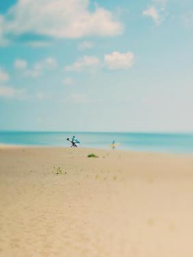 Silent Observer by Myan Soffia