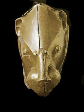 Mycenaean Art : Gold Lion's Head Rhyton