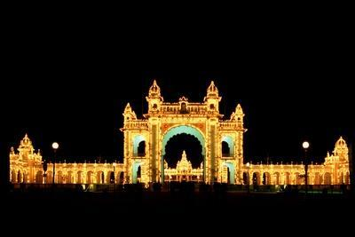https://imgc.allpostersimages.com/img/posters/mysore-palace_u-L-Q1AS1AD0.jpg?p=0