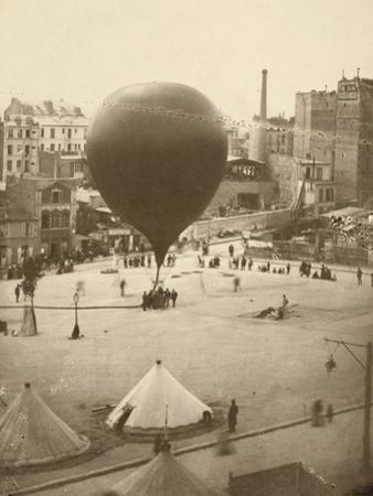 Le Neptune, Place Saint-Pierre À Montmartre, September 23, 1870 by Nadar