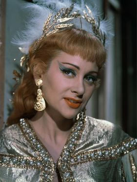 NANA, 1954 directed by CHRISTIAN-JAQUE Martine Carol (photo)