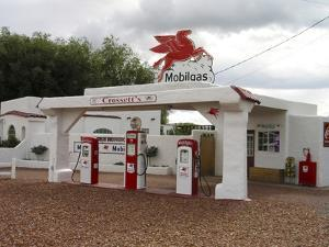 Vintage Mobil Gas Station, Ellensburg, Washington, USA by Nancy & Steve Ross