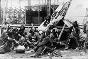 Native American Actors from Buffalo Bill's Wild West Show by Napoleon Sarony