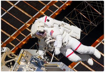 https://imgc.allpostersimages.com/img/posters/nasa-astronaut-andrew-feustel-at-international-space-station-photo-poster_u-L-F59A240.jpg?artPerspective=n
