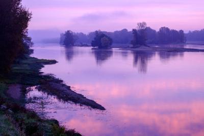 The Loire river, La Chapelle sur Loire, Loire Valley, UNESCO World Heritage Site, Indre et Loire, F by Nathalie Cuvelier