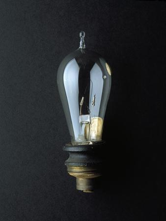 https://imgc.allpostersimages.com/img/posters/national-museum-of-american-history-science-and-inventions-light-bulb_u-L-Q10W5AA0.jpg?artPerspective=n