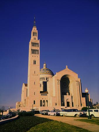 https://imgc.allpostersimages.com/img/posters/national-shrine-of-the-immaculate-conception-church_u-L-PZP0RS0.jpg?artPerspective=n