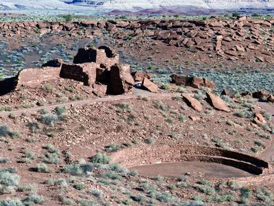 https://imgc.allpostersimages.com/img/posters/native-american-ruins-at-wupatki-national-monument-arizona-usa_u-L-PHANOK0.jpg?p=0