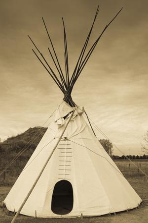 https://imgc.allpostersimages.com/img/posters/native-american-teepee-grand-island-nebraska-usa_u-L-PXR8LE0.jpg?p=0