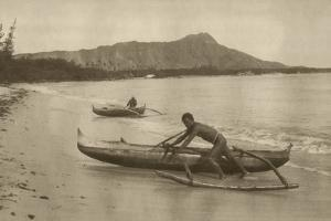 Native Canoers at Diamond Head, Waikiki, C.1880S-90s