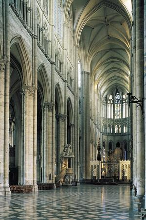 https://imgc.allpostersimages.com/img/posters/nave-cathedral-of-notre-dame_u-L-PP9YSC0.jpg?p=0