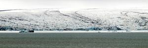 Iceberg and Lagoon. Iceland by nazzu
