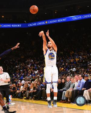 NBA: Stephen Curry 2016-17 Action
