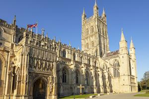 Gloucester Cathedral, city centre, Gloucester, Gloucestershire, England by Neale Clark